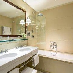 Gallery Hotel Art ванная