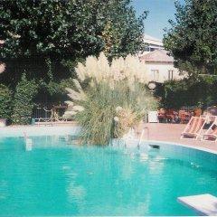 Отель Club Italgor Римини бассейн