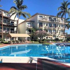 Отель Raintrees Villa Vera Puerto Vallarta бассейн