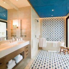 Отель Chileno Bay Resort & Residences Кабо-Сан-Лукас ванная