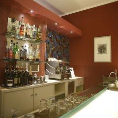 Hotel Urbani гостиничный бар