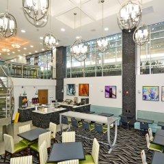 Отель Best Western Plus LaGuardia Airport Hotel Queens США, Нью-Йорк - отзывы, цены и фото номеров - забронировать отель Best Western Plus LaGuardia Airport Hotel Queens онлайн питание