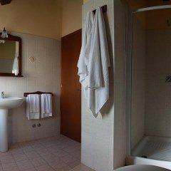 Отель Poggio Del Sole Country House Италия, Ситта-Сант-Анджело - отзывы, цены и фото номеров - забронировать отель Poggio Del Sole Country House онлайн ванная
