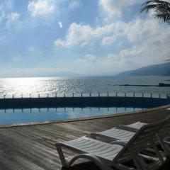 Отель Marina City Балчик бассейн