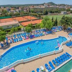 Отель Holiday Centre Apartments Испания, Санта-Понса - отзывы, цены и фото номеров - забронировать отель Holiday Centre Apartments онлайн бассейн фото 2