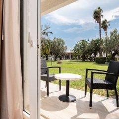 Отель TH Simeri - Simeri Village Италия, Катандзаро - отзывы, цены и фото номеров - забронировать отель TH Simeri - Simeri Village онлайн балкон
