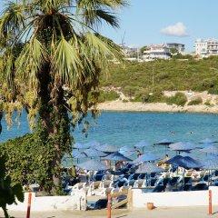 Maya Bistro Hotel Beach пляж