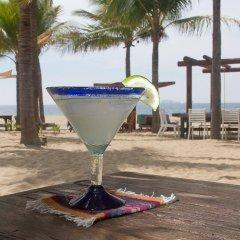 Отель Las Palmas Beachfront Villas Мексика, Коакоюл - отзывы, цены и фото номеров - забронировать отель Las Palmas Beachfront Villas онлайн гостиничный бар
