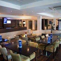 Отель Holiday Inn Express London Stratford интерьер отеля фото 3