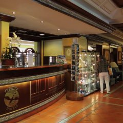Отель Prestige Coral Platja Испания, Курорт Росес - отзывы, цены и фото номеров - забронировать отель Prestige Coral Platja онлайн интерьер отеля фото 3