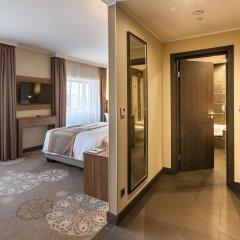 Гостиница DoubleTree by Hilton Tyumen в Тюмени - забронировать гостиницу DoubleTree by Hilton Tyumen, цены и фото номеров Тюмень комната для гостей фото 2
