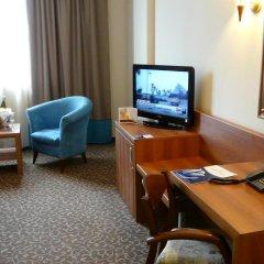 Отель Golden Tulip Varna Болгария, Варна - отзывы, цены и фото номеров - забронировать отель Golden Tulip Varna онлайн удобства в номере фото 2