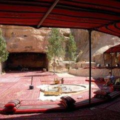 Отель Little Petra Bedouin Camp Иордания, Петра - отзывы, цены и фото номеров - забронировать отель Little Petra Bedouin Camp онлайн комната для гостей фото 3