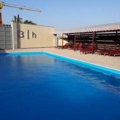 Биен Отель бассейн фото 3