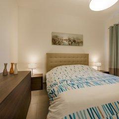 Отель THE Ultimate Luxury, Sliema With Pool Мальта, Слима - отзывы, цены и фото номеров - забронировать отель THE Ultimate Luxury, Sliema With Pool онлайн комната для гостей фото 4