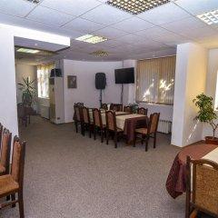 Отель Family Hotel Saint Iliya Болгария, Бургас - отзывы, цены и фото номеров - забронировать отель Family Hotel Saint Iliya онлайн питание фото 2