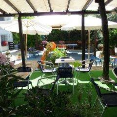 Hotel Arlesiana Римини бассейн