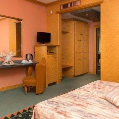 Отель SHG Hotel Antonella Италия, Помеция - 1 отзыв об отеле, цены и фото номеров - забронировать отель SHG Hotel Antonella онлайн удобства в номере фото 2