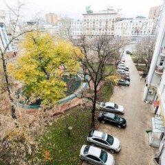 Гостиница Balmont Апартаменты Парк Культуры в Москве отзывы, цены и фото номеров - забронировать гостиницу Balmont Апартаменты Парк Культуры онлайн Москва балкон
