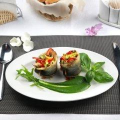 Гостиница Хижина СПА Украина, Трускавец - 1 отзыв об отеле, цены и фото номеров - забронировать гостиницу Хижина СПА онлайн питание