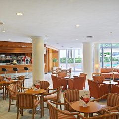 Отель Hipotels Bahía Grande Aparthotel гостиничный бар