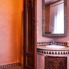 Отель Riad & Spa Bahia Salam Марокко, Марракеш - отзывы, цены и фото номеров - забронировать отель Riad & Spa Bahia Salam онлайн ванная