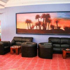 Отель Hôtel Farah Al Janoub Марокко, Уарзазат - отзывы, цены и фото номеров - забронировать отель Hôtel Farah Al Janoub онлайн интерьер отеля