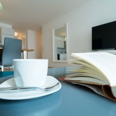 Апартаменты Vienna Residence Spacious Apartment for up to 4 Guests Directly at the U4 Вена в номере