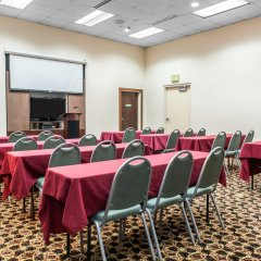 Отель Clarion Inn & Suites Northwest