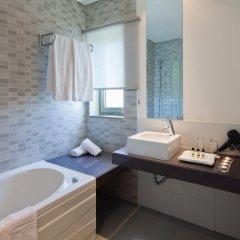 Отель Villa Doris Suites ванная