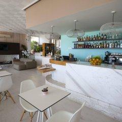 Costantiana Beach Hotel Apartments гостиничный бар