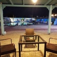 Отель Dodo's Santorini Греция, Остров Санторини - отзывы, цены и фото номеров - забронировать отель Dodo's Santorini онлайн бассейн