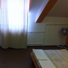 Zrinyi Hostel фитнесс-зал