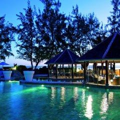 Отель LUX* Ile de la Reunion бассейн фото 3