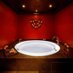 Отель Suites Albany and Spa Париж бассейн фото 3
