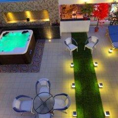Отель The Pearl Hotel Индия, Нью-Дели - 1 отзыв об отеле, цены и фото номеров - забронировать отель The Pearl Hotel онлайн бассейн фото 2