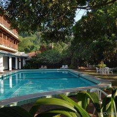 Отель Hilltop бассейн фото 2