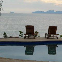 Отель Koh Jum Beach Villas фото 13