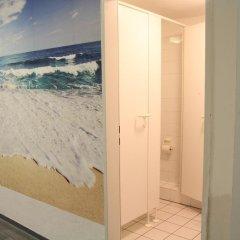 Отель Pauli Hostel Германия, Гамбург - отзывы, цены и фото номеров - забронировать отель Pauli Hostel онлайн ванная фото 2