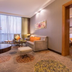 Отель Holiday Inn Jeddah Gateway комната для гостей фото 2
