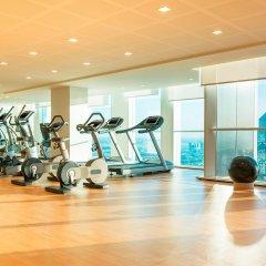 Отель Sheraton Grand Hotel, Dubai ОАЭ, Дубай - 1 отзыв об отеле, цены и фото номеров - забронировать отель Sheraton Grand Hotel, Dubai онлайн фитнесс-зал фото 2