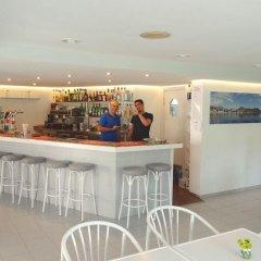 Отель Apartamentos Habitat гостиничный бар