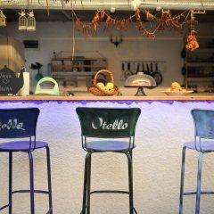 Отель Otello Alacati Чешме гостиничный бар