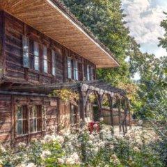 Отель Zlatna Oresha Guest House Болгария, Сливен - отзывы, цены и фото номеров - забронировать отель Zlatna Oresha Guest House онлайн приотельная территория