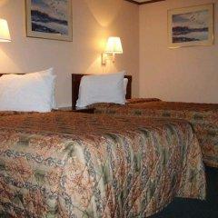 Отель Knights Inn Columbus East Колумбус комната для гостей