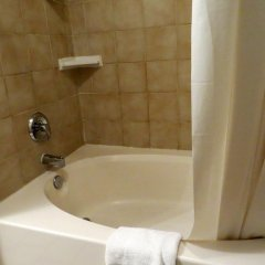 Отель Blue Moon Resort Las Vegas США, Лас-Вегас - отзывы, цены и фото номеров - забронировать отель Blue Moon Resort Las Vegas онлайн ванная фото 2