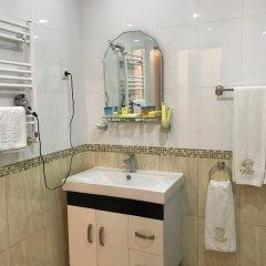 Отель Plaza Viktoria Армения, Гюмри - отзывы, цены и фото номеров - забронировать отель Plaza Viktoria онлайн ванная