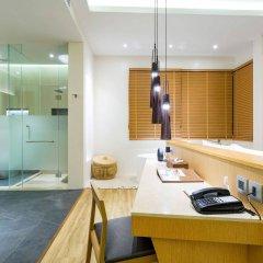 Отель Crest Resort & Pool Villas удобства в номере