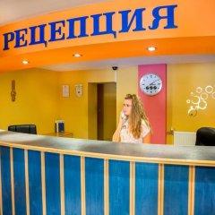 Отель Briz 2 Hotel Болгария, Варна - отзывы, цены и фото номеров - забронировать отель Briz 2 Hotel онлайн интерьер отеля