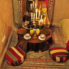 Отель Kasbah Leila Марокко, Мерзуга - отзывы, цены и фото номеров - забронировать отель Kasbah Leila онлайн интерьер отеля